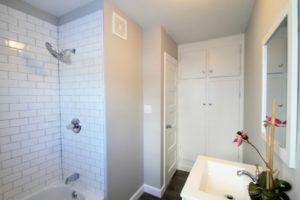 Greentown Bathroom 2